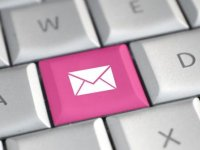 email-key-pink-595x335